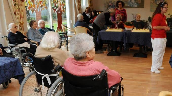 Anziani della casa di riposo