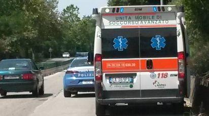L'ambulanza e la polizia sul posto