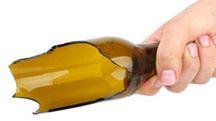 Una bottiglia rotta