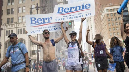 Sostenitori di Bernie Sanders a Filadelfia (Ansa)