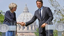 Roma, Theresa May e Matteo Renzi a Villa Pamphili (Ansa)