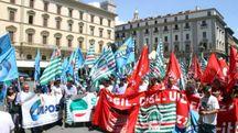 Poste, lavoratori in protesta (Foto Umberto Visintini/NewPressPhoto)