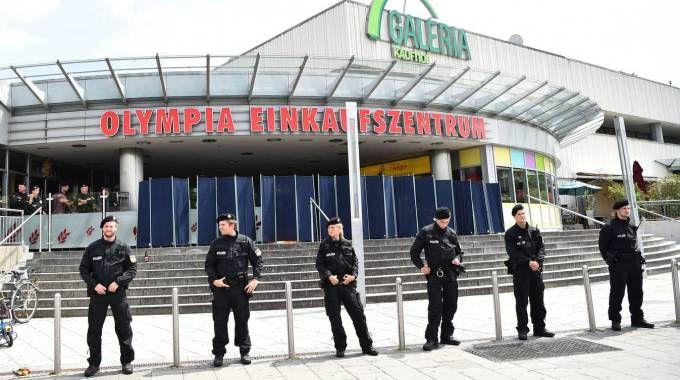 Il centro commerciale teatro dell'attentato a Monaco