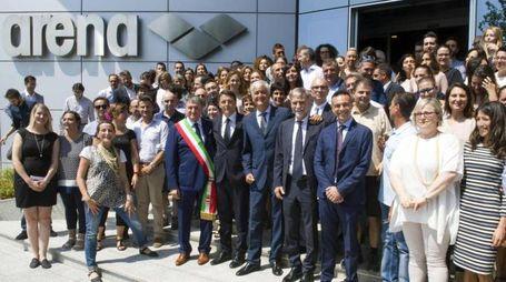 Il presidente del Consiglio Matteo Renzi, durante la visita allo stabilimento Arena di Tolentino in provincia di Macerata, 28 luglio 2016. ANSA/TIBERIO BARCHIELLI/UFF STAMPA PALAZZO CHIGI