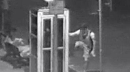 TELECAMERE DI SICUREZZA I quattro sono stati incastrati dai video delle telecamere di sicurezza installate dall'Unione proprio in quell'area. Sono già stati convocati dai carabinieri