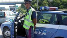 Un agente della Polizia Stradale (foto d'archivio BusinessPress)