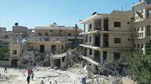 La clinica distrutta (Afp)