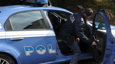 Polizia e Squadra Mobile 113 intervento indagini