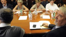 L'incontro tra il ministro del lavoro Poletti e i sindacati (LaPresse)