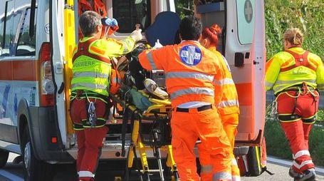 Sul posto l'ambulanza del 118