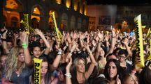 Radio Bruno, il concerto in piazza Maggiore dell'anno scorso (foto Schicchi)