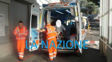 I soccorsi dopo l'esplosione all'Hotel Royal