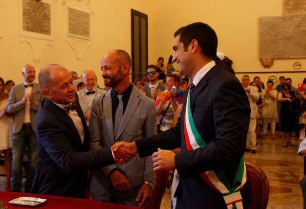 Ravenna, il sindaco De Pascale celebra la prima unione civile (Foto Corelli)