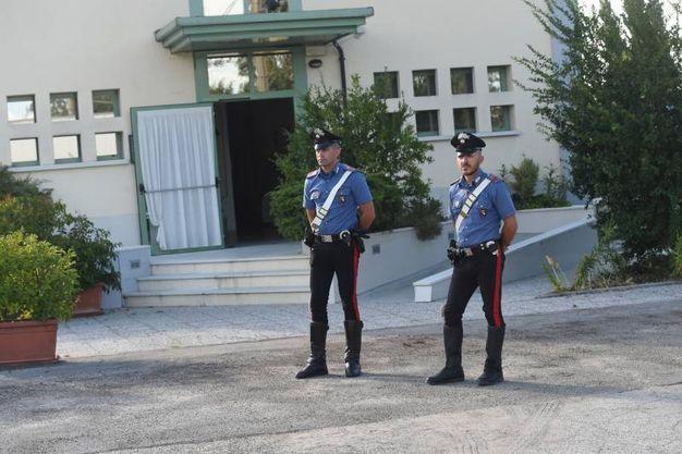 Omicidio a San Pietro in Casale, escort trovata morta in albergo: sul posto i carabinieri (Foto Schicchi)