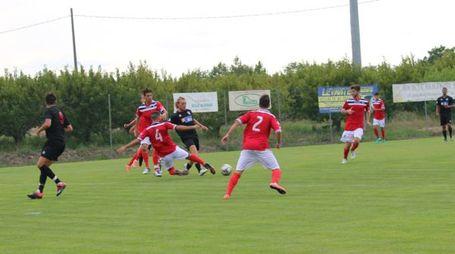 Ridolfi in azione durante l'amichevole San Marino-Vis Pesaro (1-1)