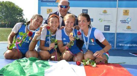 Nicole Sala, ultima a destra, festeggia loro ai Mondiali 2015