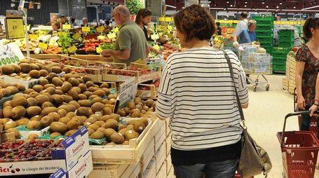 Ipercoop Supermercato alimenti spesa consumi carrello inflazione