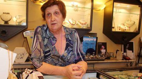 Giovanna Bertelli, all'interno della gioielleria colpita dai ladri