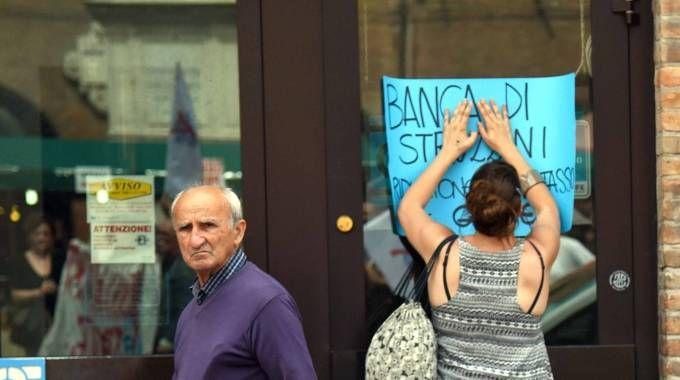 Il tema delle banche tiene in ansia migliaia di risparmiatori (Businesspress)