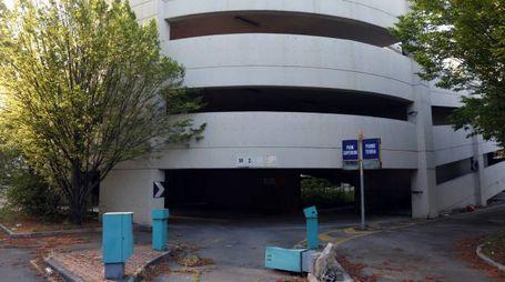 Il parcheggio abbandonato Giuriolo (foto Schicchi)