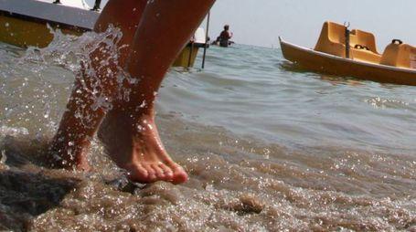 Una turista ha 'scroccato' la vacanza al mare a Cesenatico (foto d'archivio Ravaglia)