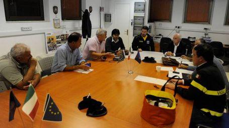La riunione alla Sala operativa integrata (foto Calavita)