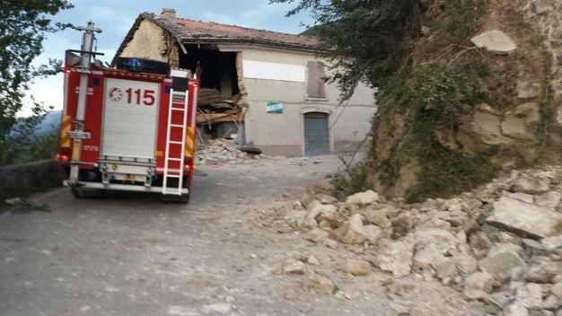 Terremoto in provincia di Ascoli: crolli ad Arquata