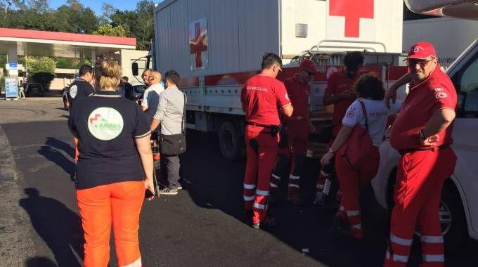 La colonna mobile della protezione civile regionale in partenza per Rieti