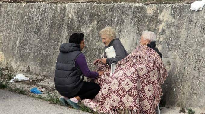 Terremoto, anziani rimasti senza tetto a Pescara del Tronto