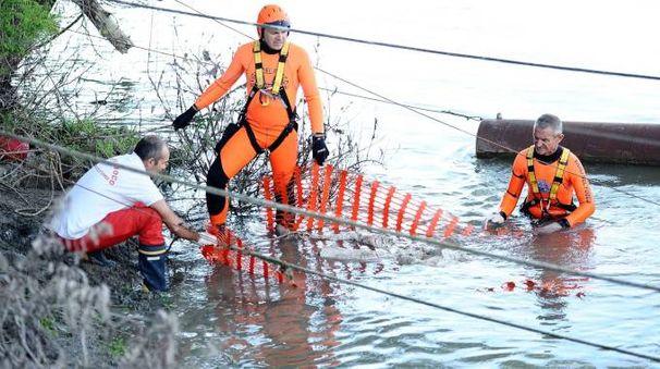 Ferrara, alcuni soccorritori (Foto d'archivio BusinessPress)