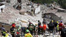 Terremoto, Pescara del Tronto completamente distrutta (foto Lapresse)