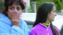 La moglie e la figlia di Rino Ambrosi, sopravvissuti ad Arquata (Foto LaBolognese)
