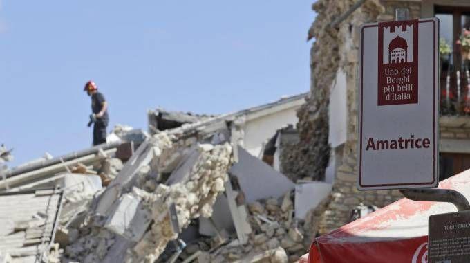 Amatrice distrutta dal sisma (aNSA)