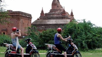 Terremoto, forte scossa in Myanmar. Crollati 94 templi