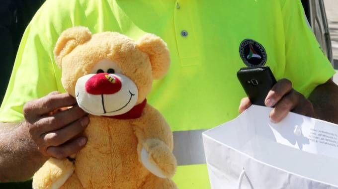 L'orsacchiotto del bambino per i terremotati