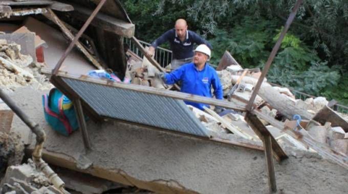 Terremoto, Pescara del Tronto distrutta (Ansa)