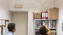 Terremoto, crepe nel palazzo comunale di Pergola (foto Franceschetti)