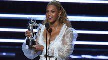 Beyoncè incoronata regina degli Mtv music awards (Afp)