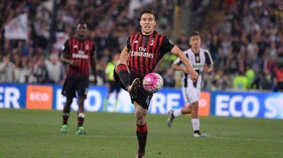 Jose Mauri in azione con la maglia del Milan (LaPresse)