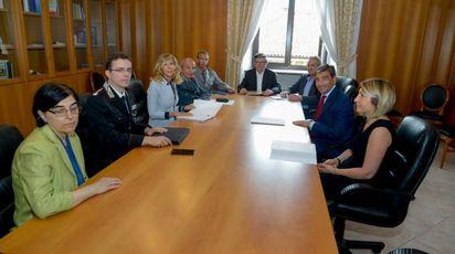 L'incontro tra  vice prefetto, forze dell'ordine e amministratori barasini (Cavalleri)