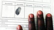Registrazione impronte digitali