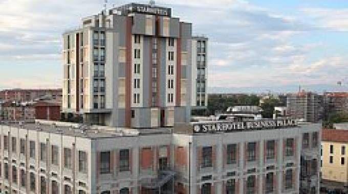 Lo Starhotel Business Palace di Milano, sede del calciomercato