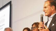 Il presidente di Fondazione Carispezia Matteo Melleyei volontari