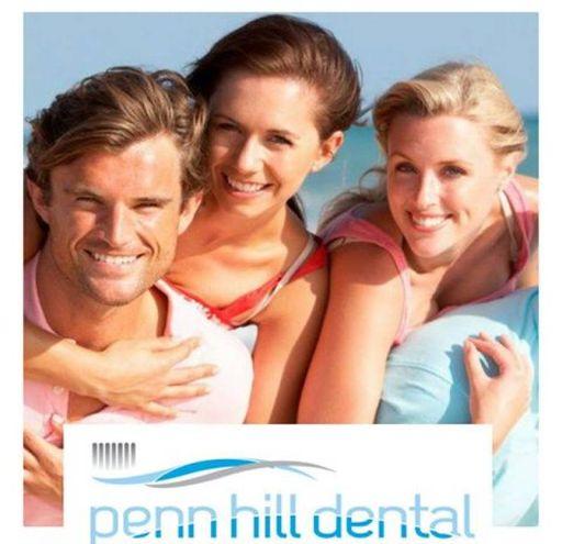 L'immagine delle 'buone abitudini' tratta da una pubblicità inglese sugli impianti dentali (Dire)