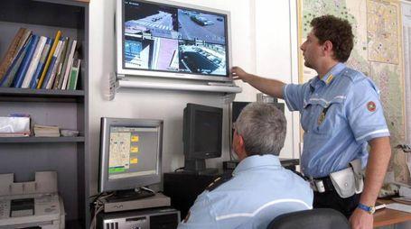 La centrale operativa della Polizia locale
