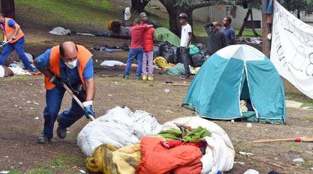 Gli ultimi migranti hanno lasciato i giardini