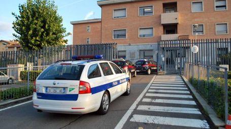 I carabinieri arrestano un vigile e un benzinaio (foto Vanoni)