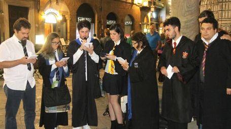 Notte di Harry Potter a Firenze: lettura pubblica in piazza SAn Giovanni (New Press Photo)