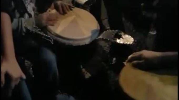 Un fermo immagine del video della notte in piazza Verdi