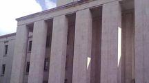 Il tribunale di Ascoli in piazza Serafino Orlini